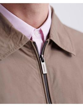 COLLARED HARRINGTON-W